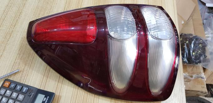 TOYOTA LAND CRUISER FJ120 RONADO TAIL LIGHT